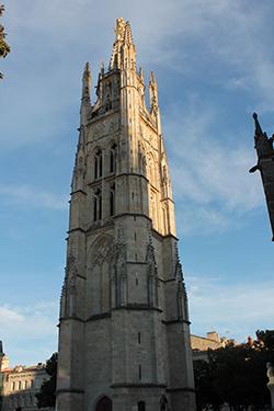 колокольня собора Сен-Андре